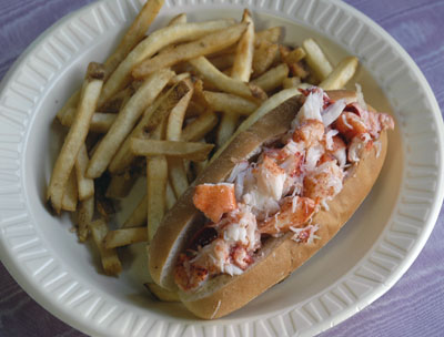 Mere cat food restaurants lobster rolls maine for Susan s fish and chips