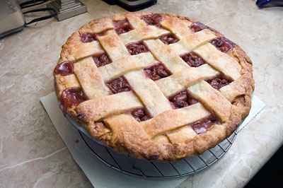 The finished cherry pie
