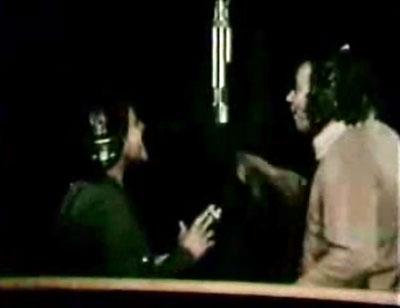Elis Regina holding a cigarette during 'Aguas de Março' (1974)